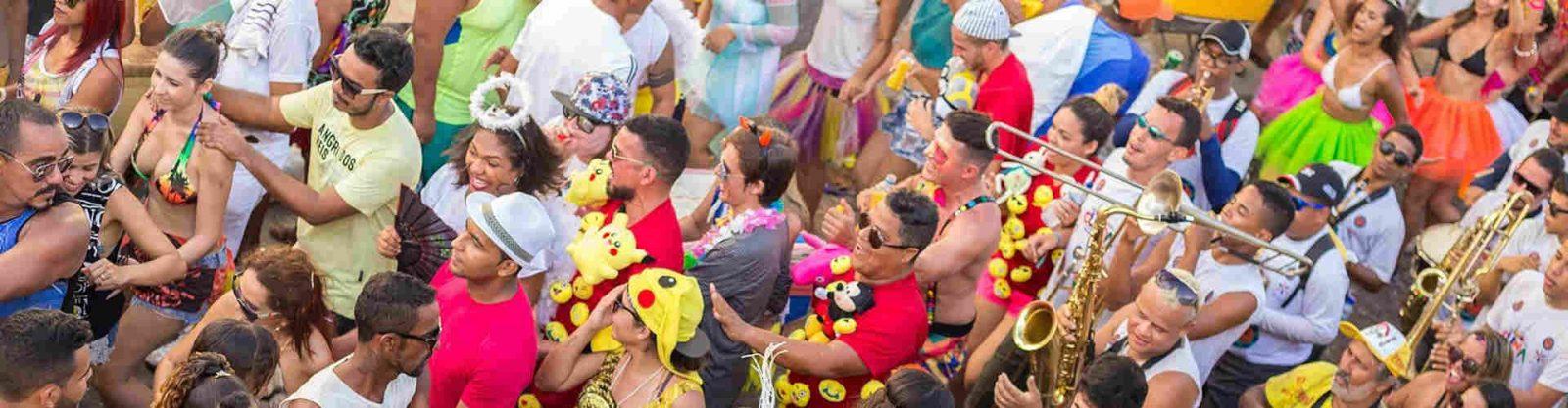 Natura Baixou Tudo Maquiagem de carnaval 6 dicas para a make durar a folia toda capa